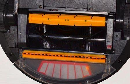 Две встречновращающиеся турбощетки, перепончатая и ворсяная, надежно очистят Ваш ковер от шерсти и ворса. Подпружиненные колеса позволяют легко заезжать на ковры
